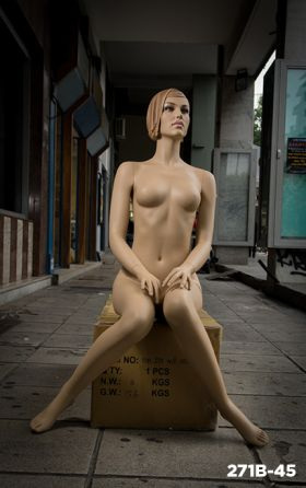 sculptured mannequins